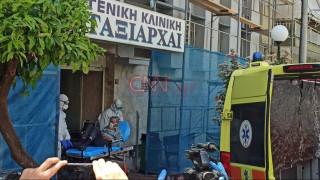 Κλινική στο Περιστέρι: Τους φακέλους ασθενών και το πόρισμα της αυτοψίας αναμένει ο εισαγγελέας