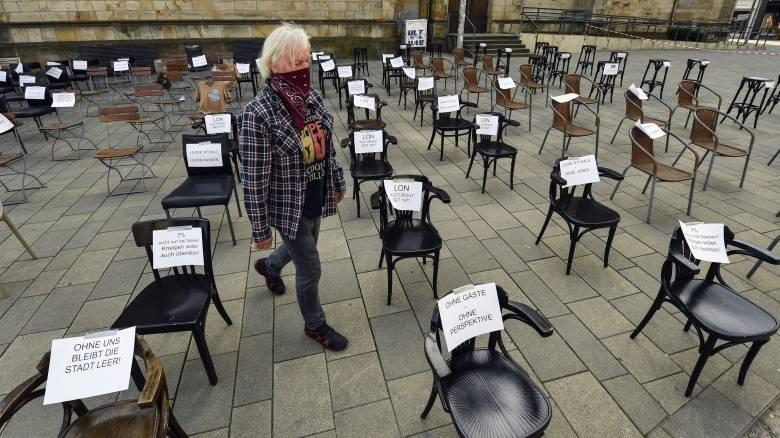 Κορωνοϊός - Γερμανία: Πρόωρη η περαιτέρω χαλάρωση των μέτρων λέει το Ινστιτούτο Κοχ