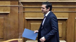Αντιπαράθεση ΣΥΡΙΖΑ - Πέτσα για την ομιλία Τσίπρα
