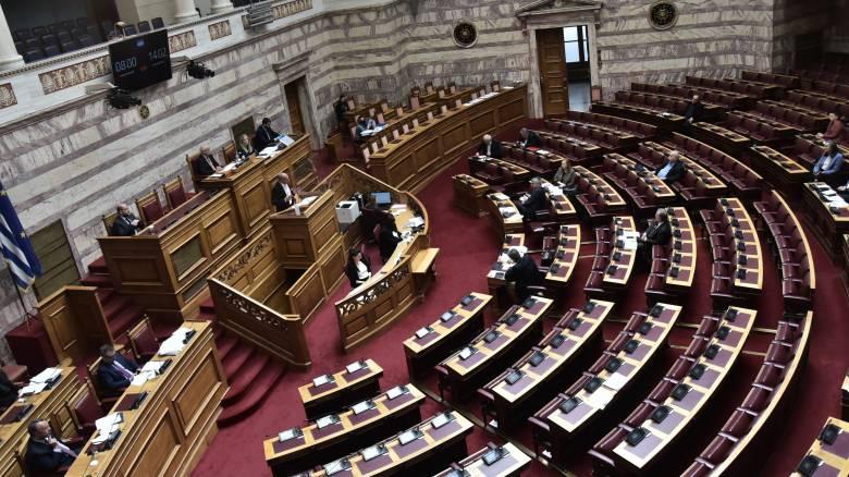 Βουλή - ΣΥΡΙΖΑ: Να ξεκινήσει από τη Βουλή η σταδιακή άρση των περιοριστικών μέτρων