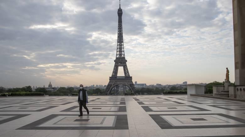 Κορωνοϊός: Τραγικός ο απολογισμός της πανδημίας στη Γαλλία