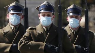 Κορωνοϊός: Η Πολωνία χαλαρώνει τα περιοριστικά μέτρα