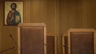 Κορωνοϊός: Έτσι θα γίνεται η μετακίνηση σε Ειρηνοδικεία και Υποθηκοφυλακεία