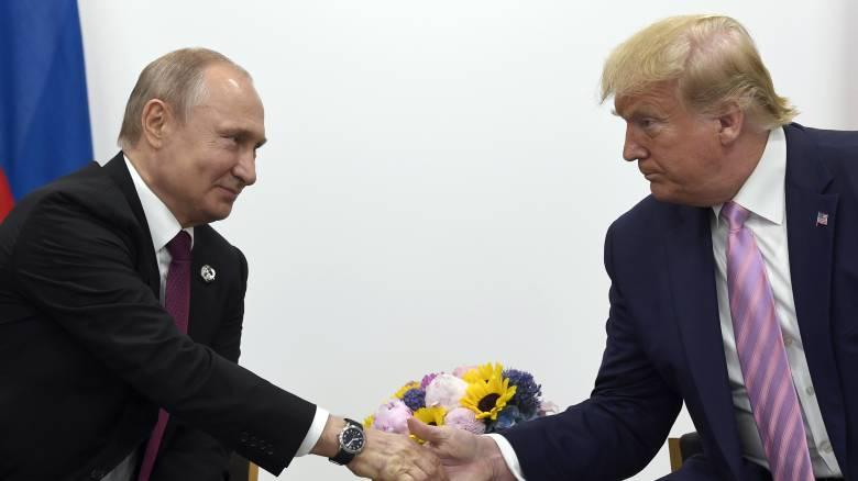 Κοινή ανακοίνωση Τραμπ - Πούτιν για την ιστορική συνάντηση Αμερικανών - Σοβιετικών στον ποταμό Έλβα