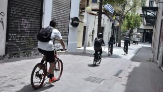 Έρευνα: Πώς ζουν οι Έλληνες στην καραντίνα - Αισιοδοξία, υπερηφάνεια αλλά και άγχος