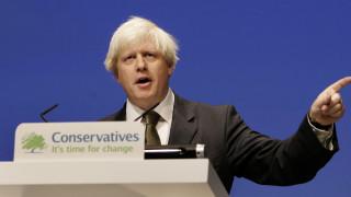 Κορωνοϊός - Βρετανία: Την άρση ορισμένων μέτρων πριν τις 7 Μαΐου εξετάζει ο Τζόνσον