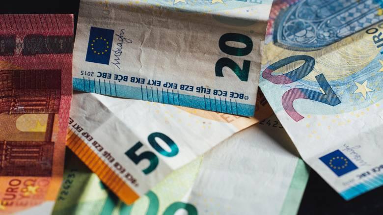 Επίδομα 800 ευρώ: Πότε ολοκληρώνεται η καταβολή των χρημάτων