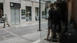 Κορωνοϊός: Αλλαγή στην έναρξη λειτουργίας των καταστημάτων ζητά ο Εμπορικός Σύλλογος Αθηνών
