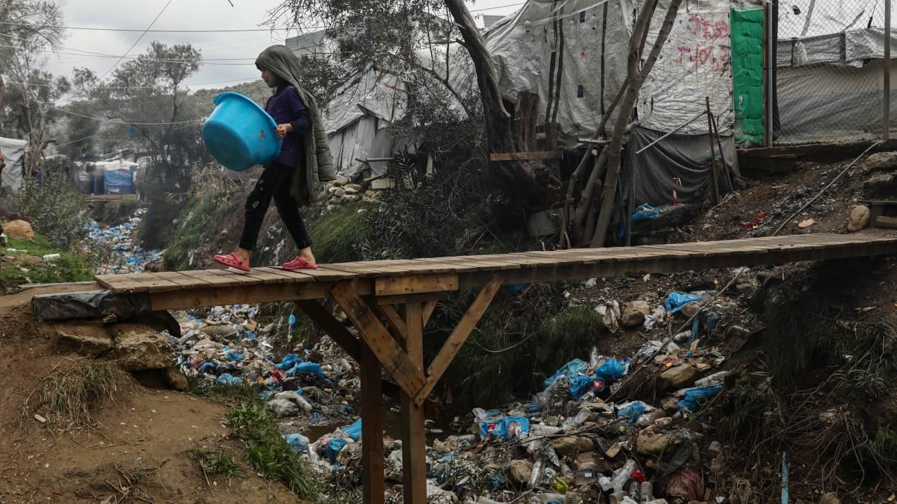 Πρωτοβουλία για τον καθαρισμό της Μόριας από τα πλαστικά μπουκάλια