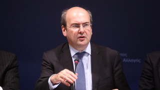 Χατζηδάκης κατά ΣΥΡΙΖΑ: Να κοιτάξει τον καθρέφτη για τα περιβαλλοντικά προβλήματα
