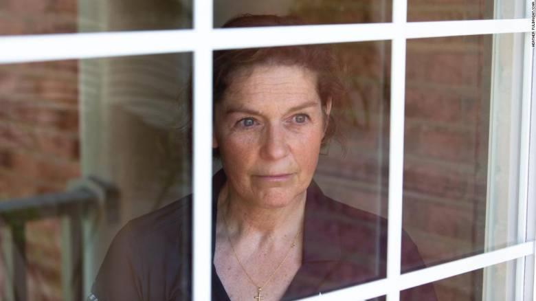 Αποκλειστικό CNNi: Στόχος συνωμοσιολόγων - H γυναίκα που κατηγορείται για την έναρξη του Covid-19