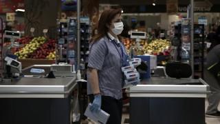 Κορωνοϊός - Τσιόδρας: Υποχρεωτική η χρήση μάσκας σε κλειστούς χώρους