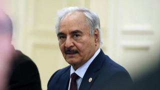 Ο Χαφτάρ δηλώνει ότι έλαβε την «λαϊκή εντολή» να κυβερνήσει τη Λιβύη