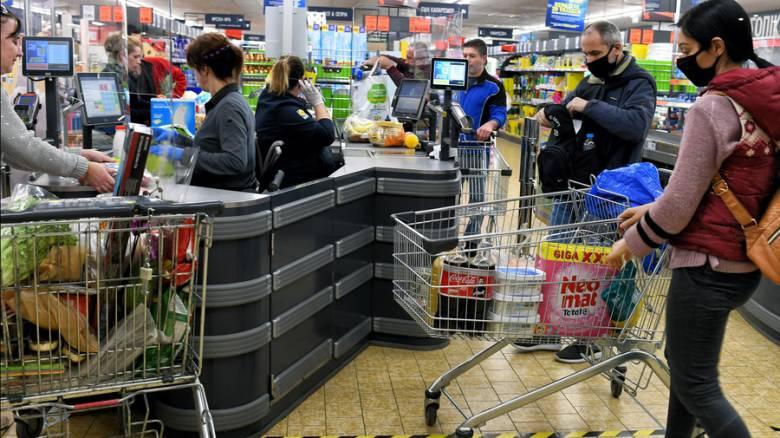 Κορωνοϊός: Έως πότε θα ισχύει το νέο ωράριο των σούπερ μάρκετ