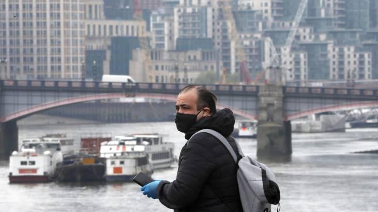 Κορωνοϊός - Βρετανία: Πιθανώς η πλέον πληγείσα χώρα της Ευρώπης σε επίπεδο θανάτων