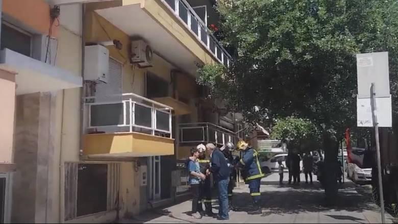 Θεσσαλονίκη: Απεγκλωβίστηκε 13χρονος από φλεγόμενο διαμέρισμα