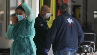 Κορωνοϊός - Πανελλήνιος Ιατρικός Σύλλογος: Ποια μάσκα είναι δυνητικά επικίνδυνη