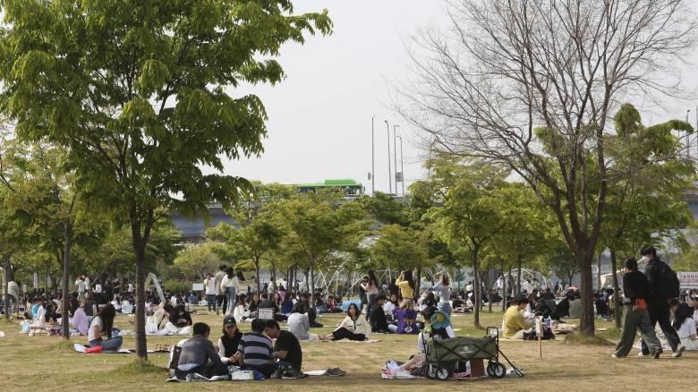 Νότια Κορέα: «Νεκρά» υπολείμματα του ιού σε ασθενείς που βρέθηκαν θετικοί παρότι ανάρρωσαν