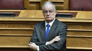Κορωνοϊός - Βουλή: Ο Τασούλας «διόρθωσε» Βελόπουλο και Βαρουφάκη στην Ολομέλεια