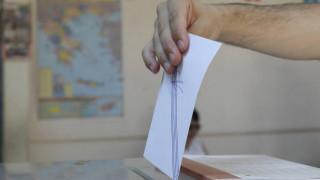 Δημοσκόπηση Metron Analysis: Η διαφορά ΝΔ με ΣΥΡΙΖΑ - Ποιοι είναι οι πιο δημοφιλείς υπουργοί