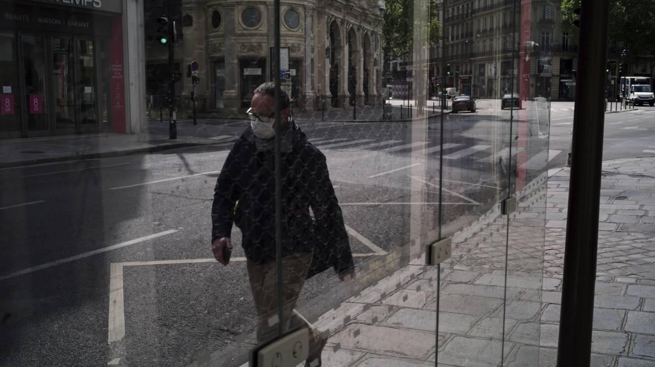 Κορωνοϊός - Γαλλία: Αυξήθηκαν οι νεκροί αλλά μειώθηκαν οι εισαγωγές στα νοσοκομεία