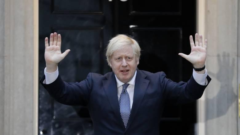 Βρετανία- Κορωνοϊός: Σταδιακή άρση του lockdown σχεδιάζει ο Μπόρις Τζόνσον