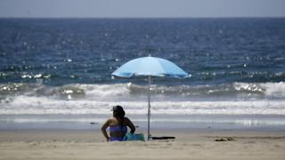 Κορωνοϊός - Καλιφόρνια: Ανοίγουν οι παραλίες της Δυτικής Ακτής μετά την απαγόρευση λόγω πανδημίας