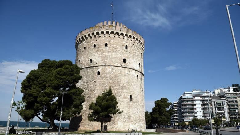 Θρίλερ στη Θεσσαλονίκη: Πτώμα άνδρα επέπλεε στον Θερμαϊκό
