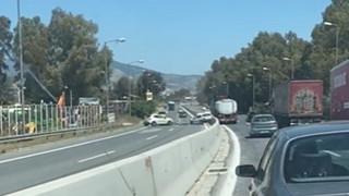 Τροχαίο στον Σκαραμαγκά: Οδηγούσε ανάποδα στη Λεωφόρο Αθηνών
