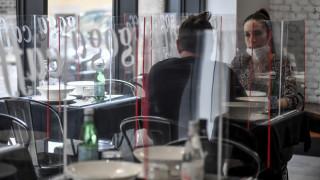 Κορωνοϊός - Ιταλία: Εντυπωσιακή μείωση του δείκτη μετάδοσης του ιού στη Λομβαρδία