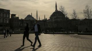 Κορωνοϊός: 473 Τούρκοι έχασαν τη ζωή τους στο εξωτερικό