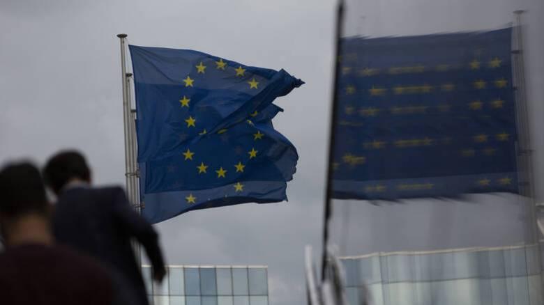 Δυσοίωνες προβλέψεις: Βαθιά ύφεση 9,7% «βλέπει» στην Ελλάδα η Κομισιόν