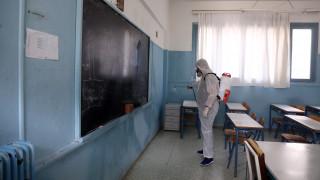 Πυρετώδεις προετοιμασίες των δήμων της Αττικής για την επαναλειτουργία των σχολείων