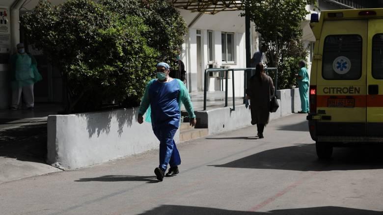 Κορωνοϊός: Θετική στον ιό προϊσταμένη του «Ευαγγελισμού»