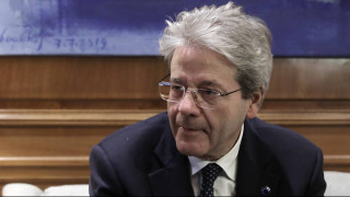 Τζεντιλόνι: Η Ελλάδα δεν κινδυνεύει από ένα νέο Μνημόνιο