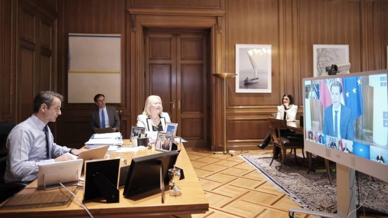 Τηλεδιάσκεψη Μητσοτάκη με ηγέτες κρατών που αντιμετώπισαν με επιτυχία τον κορωνοϊό