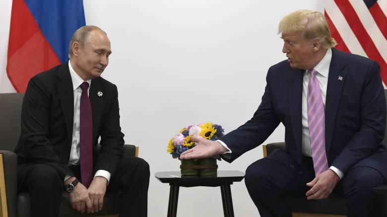 Ο Τραμπ προσφέρθηκε να στείλει στην Ρωσία ιατρική βοήθεια για την αντιμετώπιση του κορωνοϊού