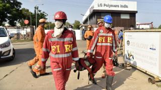 Διαρροή τοξικού αερίου από εργοστάσιο στην Ινδία: Οι Αρχές απομακρύνουν περισσότερους κατοίκους