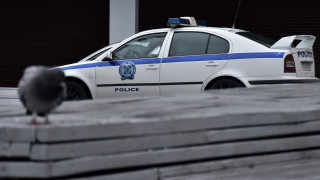 Ιδιοκτήτες καταστημάτων σε Κολωνάκι και Ομόνοια έβγαλαν τραπεζάκια και σέρβιραν ποτά