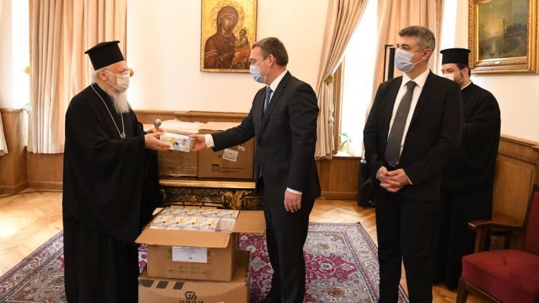 Δέκα χιλιάδες μάσκες προσέφερε η Ουγγαρία στο Οικουμενικό Πατριαρχείο