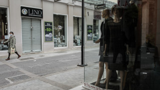 Άρση μέτρων: Πώς θα ανοίξουν τα καταστήματα τη Δευτέρα - Μάσκες, ωράριο και αποστάσεις