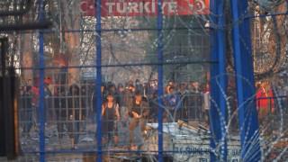 Πέτσας για δημοσίευμα Spiegel: Fake news τα περί νεκρού μετανάστη από ελληνικά πυρά στον Έβρο
