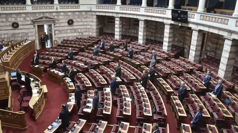 Υπερψηφίστηκε το νομοσχέδιο για το μεταναστευτικό