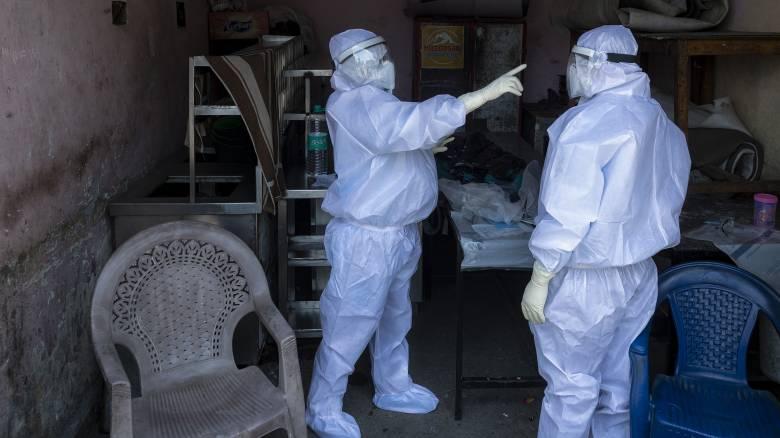 Κορωνοϊός - AFP: Ξεπέρασαν τις 274.000 οι νεκροί από την πανδημία