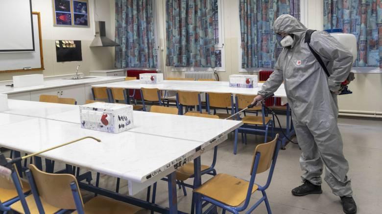 Άρση μέτρων - Κορωνοϊός: Πώς θα λειτουργήσουν σχολεία και φροντιστήρια