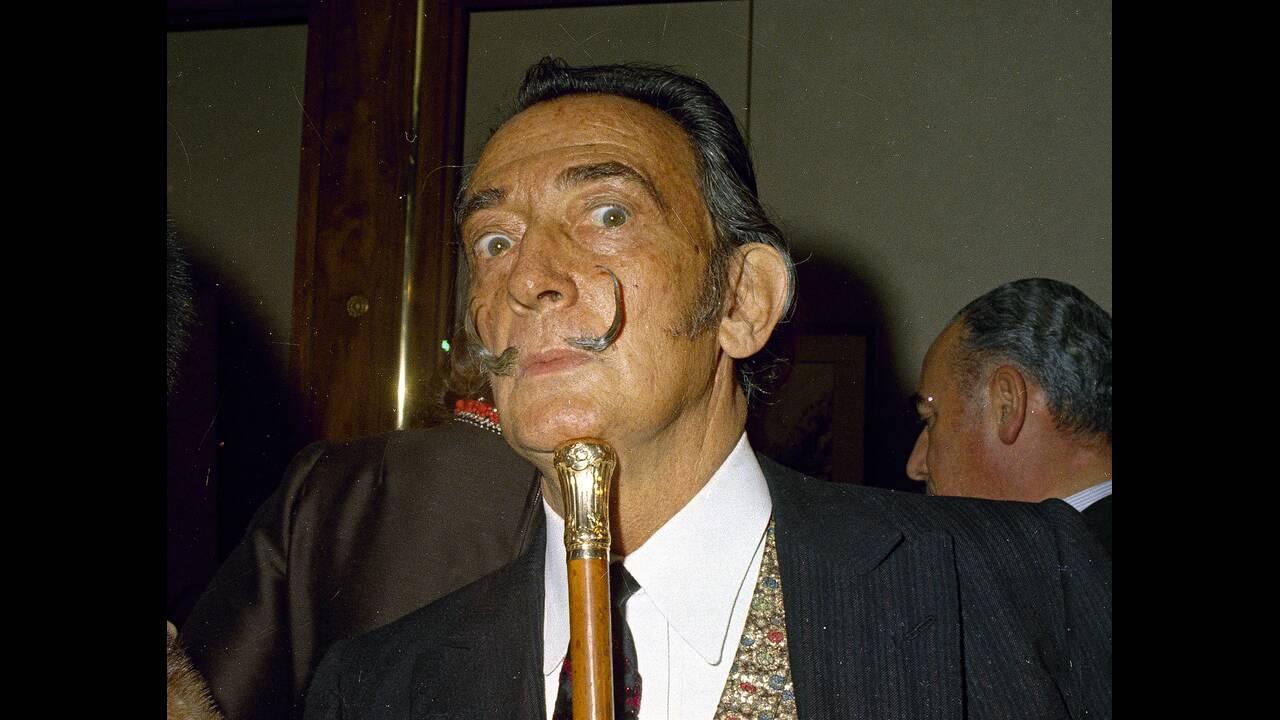 1904. Στο Φιγιέρες της Καταλονίας γεννιέται ο εκκεντρικός καλλιτέχνης Σαλβαδόρ Νταλί.