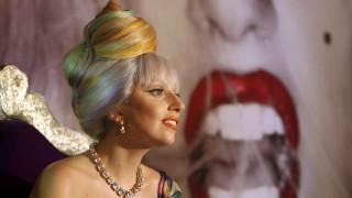 Lady Gaga: Βγάζει νέο άλμπουμ στις 29 Μαΐου, με τη συνεργασία του Έλτον Τζον