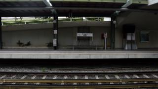 Ηλεκτρικός: Επιβάτης υπέστη καρδιακό επεισόδιο - Ακινητοποιήθηκε συρμός