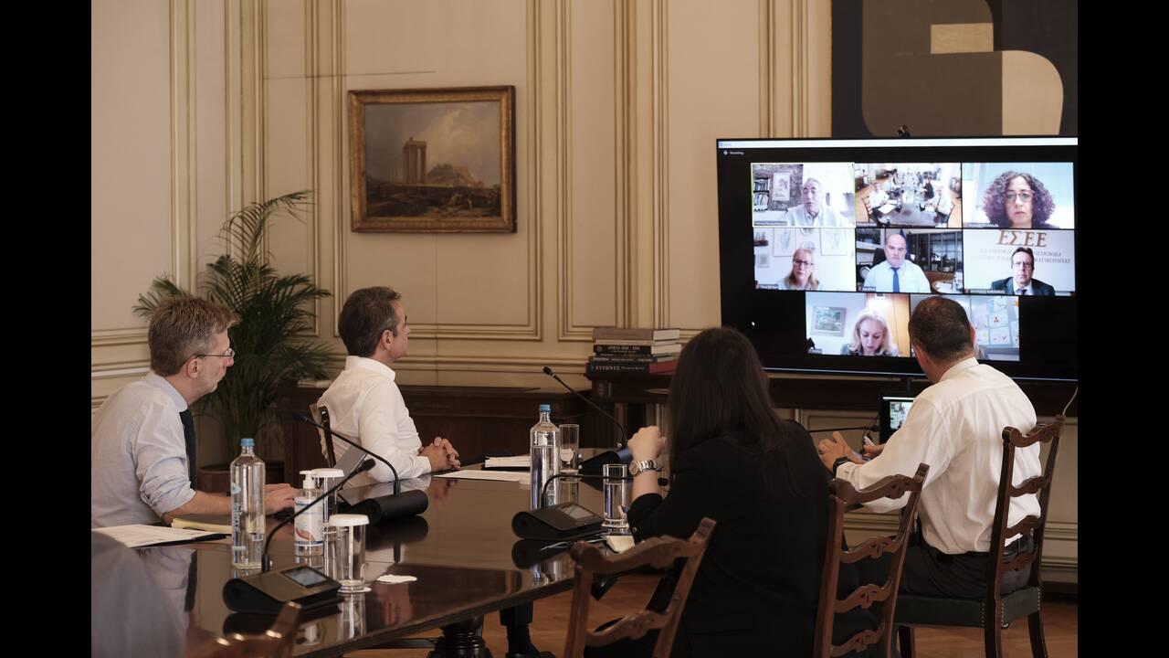 https://cdn.cnngreece.gr/media/news/2020/05/11/218938/photos/snapshot/20-05-11_0008__DPT0147.jpg