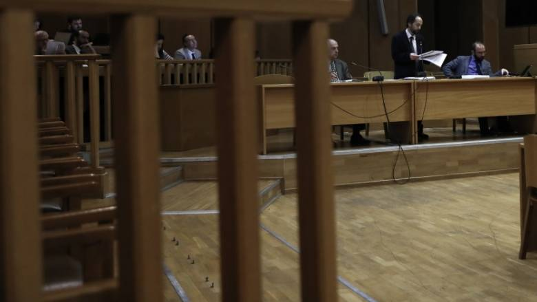 Παύση της ποινικής δίωξης για εκκρεμείς υποθέσεις που προβλέπουν φυλάκιση έως ένα έτος